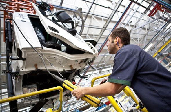 Iveco anuncia investimento de US$ 120 milhões no Brasil