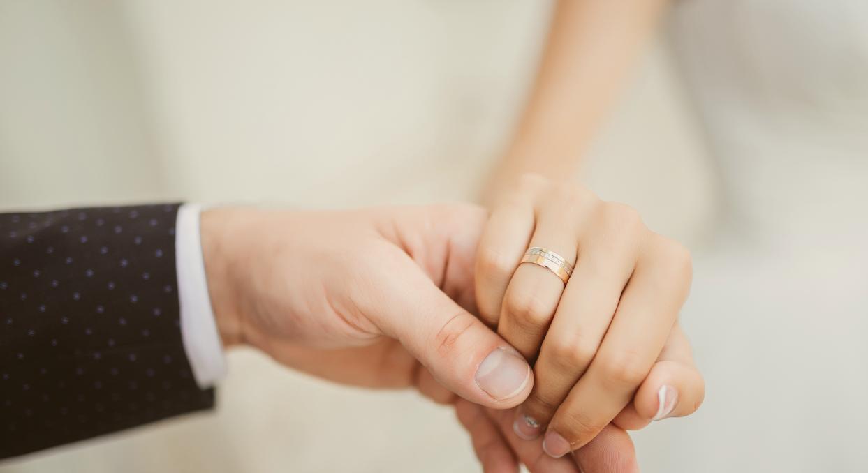 5 erros financeiros que os recém-casados cometem
